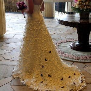 Alfred Angelo Disney Rapunzel Wedding Dress Size 8
